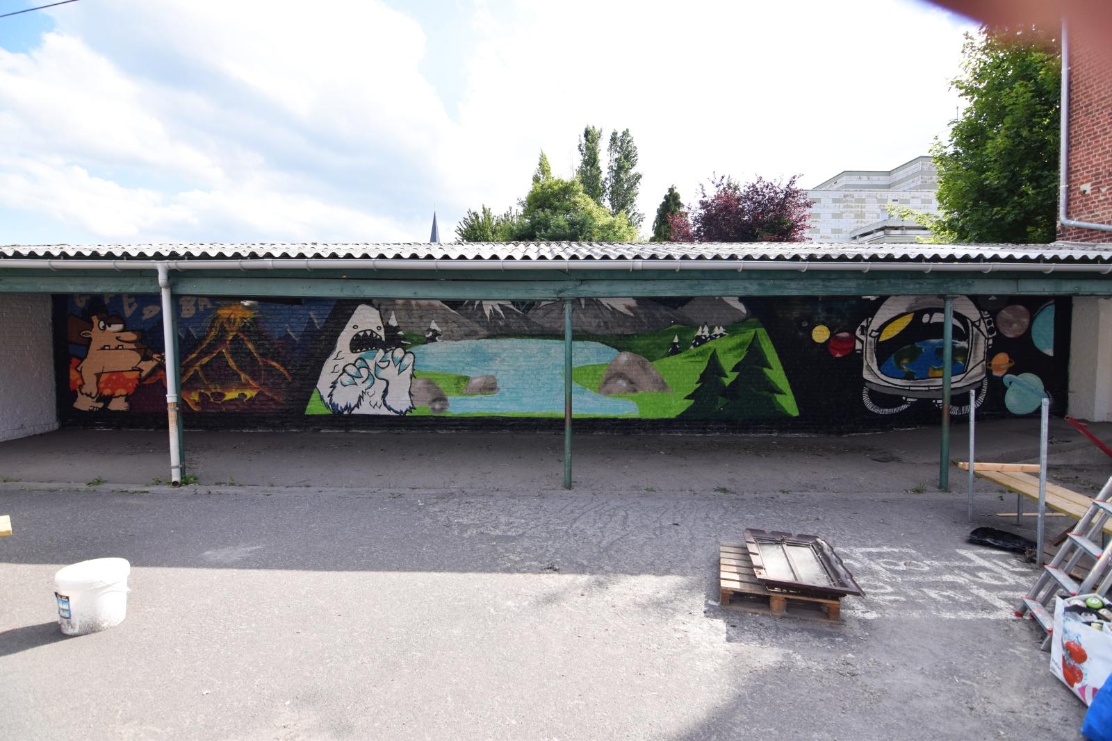 Graffiti-Dans-3-ecoles-primaires-noeux-les-mines-007
