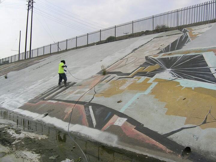 Pourquoi on retire les graffitis