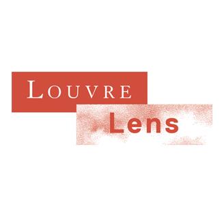 Graffeur au Louvre Lens