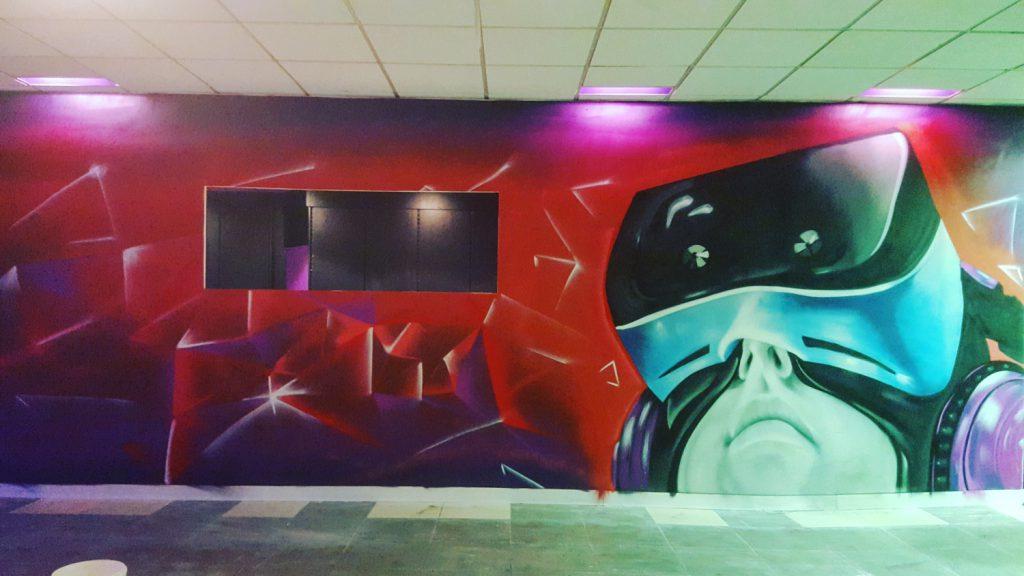 Décor intérieure graffiti au vi lounge de Lens