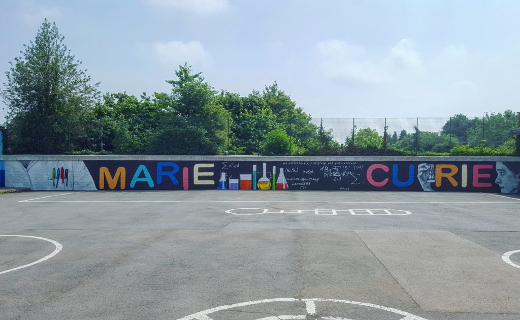 Fresque Marie Curie à Douvrin