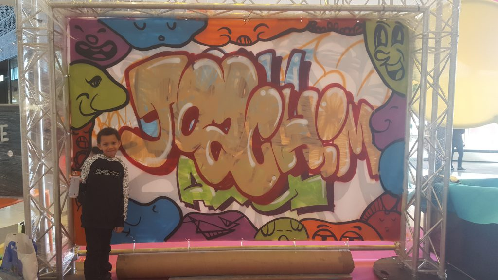 Animation street-art Auchan