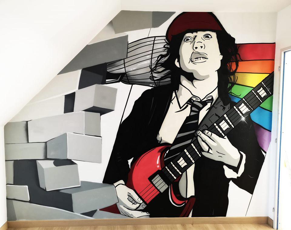 Faire un graffiti dans une chambre