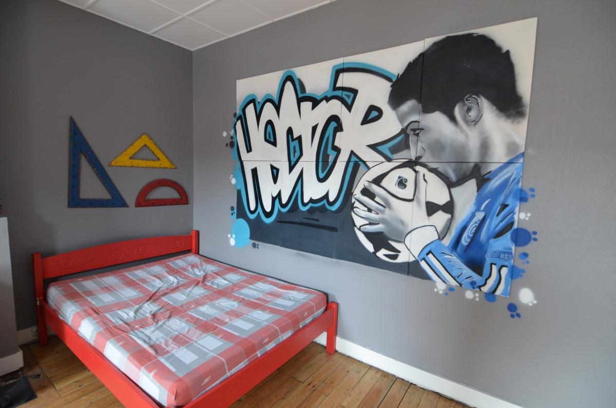 Décoration de chambre graffiti à Lens