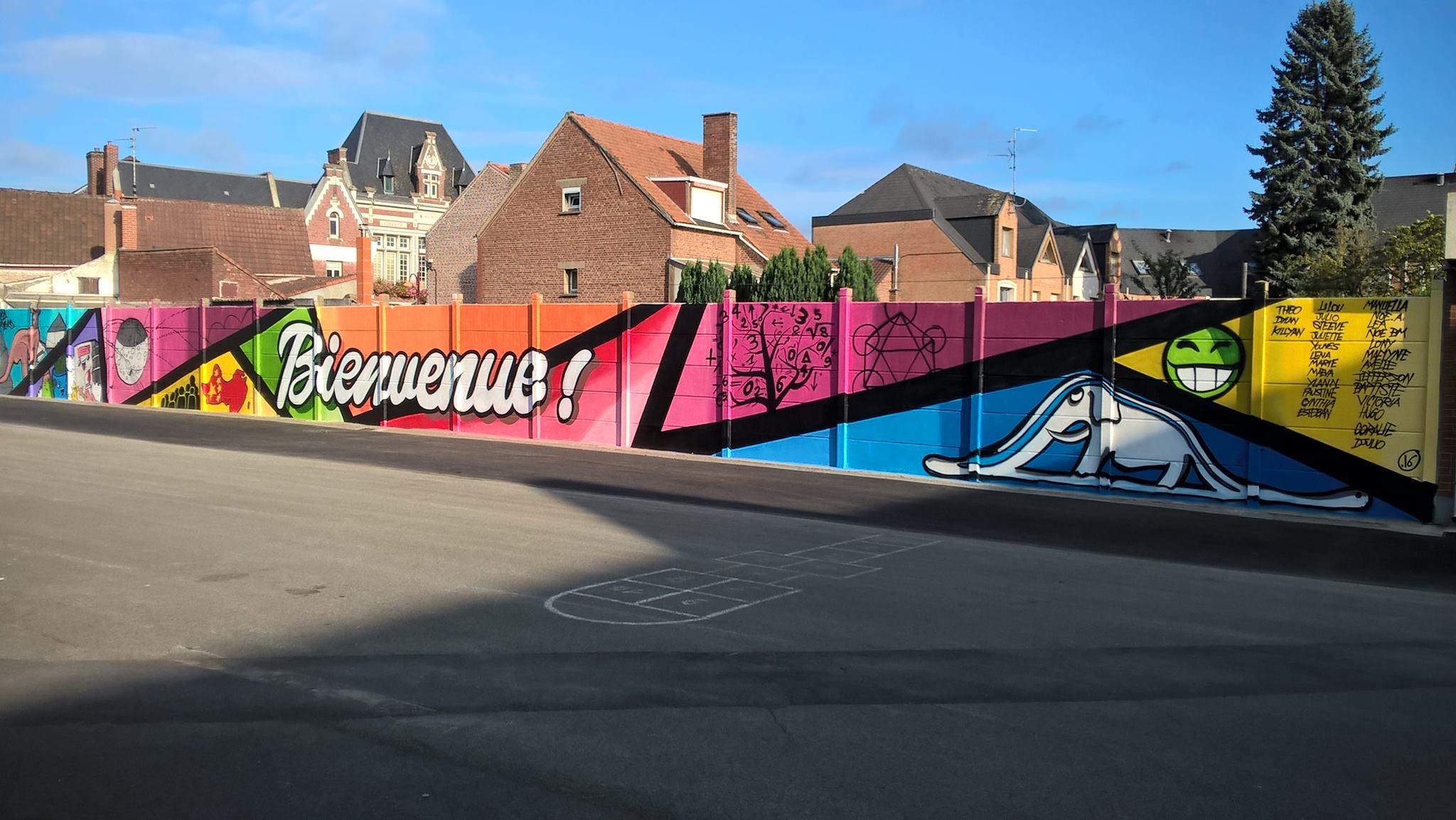 Graff dans une école