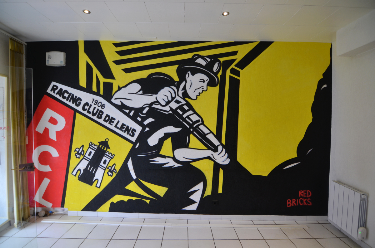 Décoration graff Rc Lens mineurs à avion