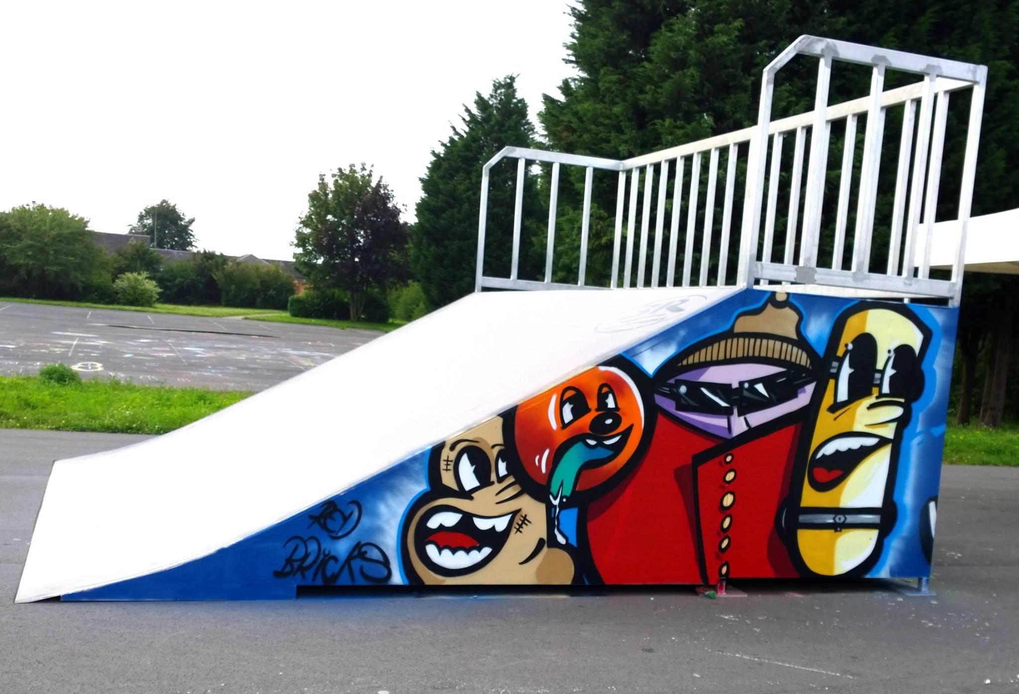 Décoration graffiti sur le skatepark de Loos en Gohelle