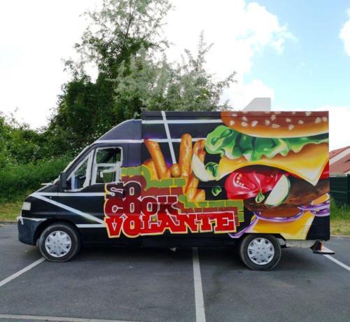 20200615-007 - Graff sur camion friterie hamburger